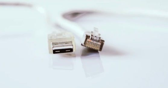 USB y RJ45 son ejemplos de Poka Yoke